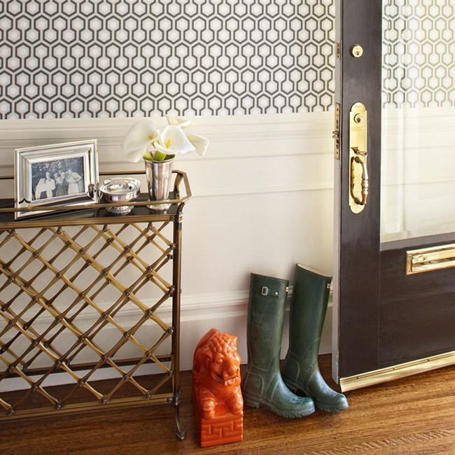 Foyer Wallpaper Love : Papel pintado cole son hicks hexagon